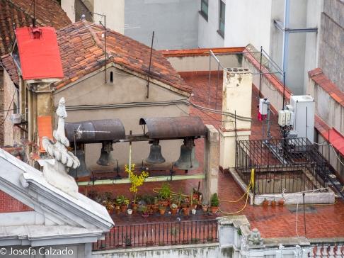 Campanas en la terraza