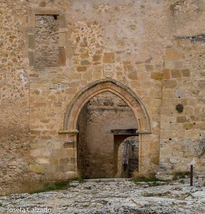 Detalle entrada al monasterio Benedictino