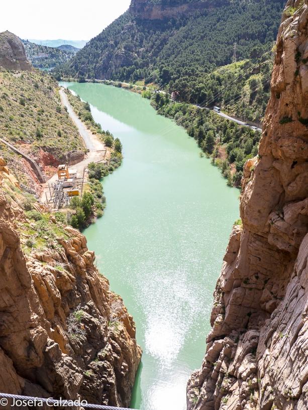 Vista desde el centro del puente colgante