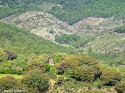 Primera vista del torreón de la iglesia de Matallana
