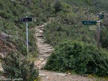 Bifurcación hacia las cáscadas del Aljibe, Roblelacasa y Matallana