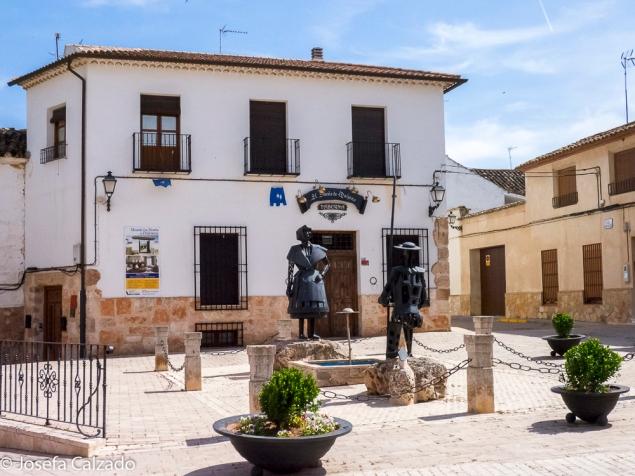 Plaza homenaje a Dulcinea