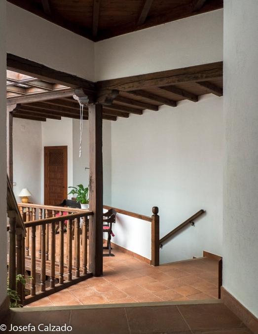 Escaleras de acceso a la planta inferior