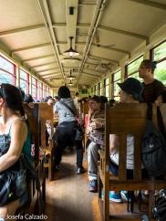 Interior del Sagano Scenic Railway