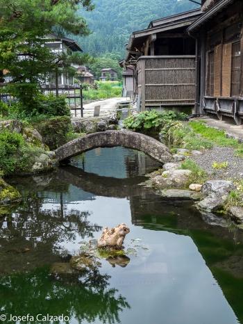 Canales en Ogimachi