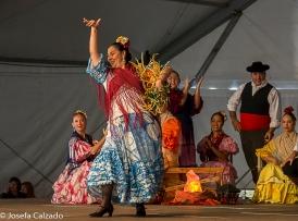 Actuación del grupo de folckore de Dos Hermanas, Sevilla