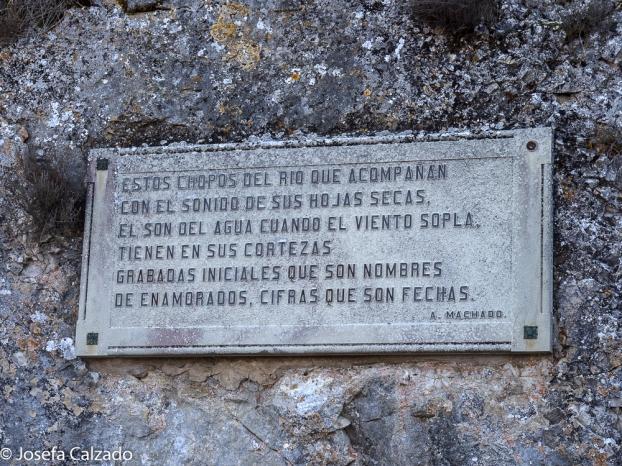 Leyenda en el paseo hacia la ermita de San Saturio