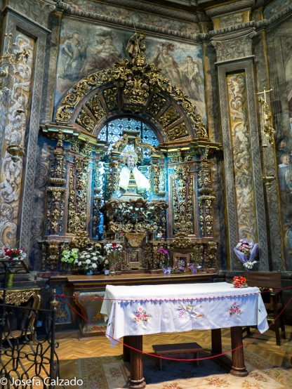 Altar y busto de San Saturio