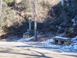 Detalle de las cruces del camino a la ermita de San Saturio