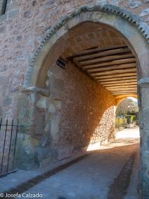 Arco paso Camino de San Polo