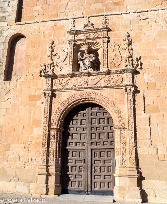 Portada de la Concatedral de San Pedro