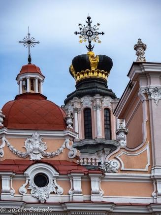 Detalle de la cúpula con corona