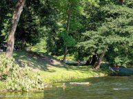 Bañistas en el rio Vilnias