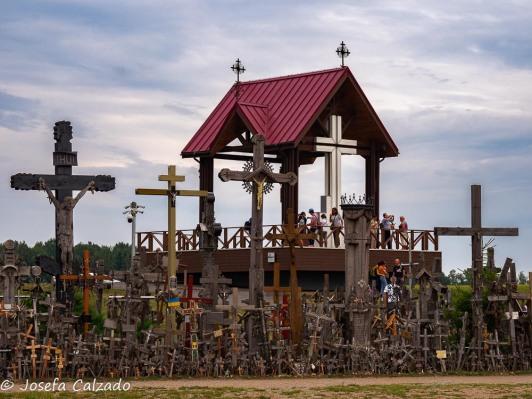 Púlpito y cruz