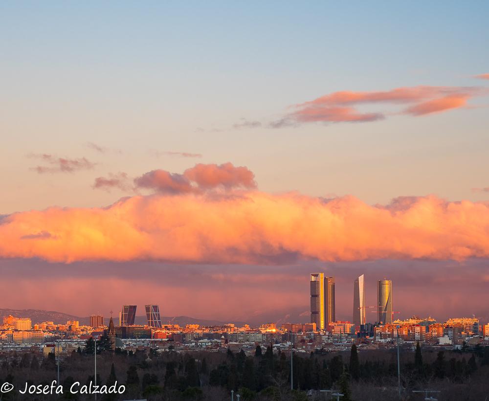 Amanece en Madrid II