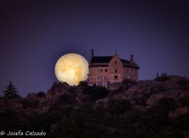 Puesta de la luna llena de julio
