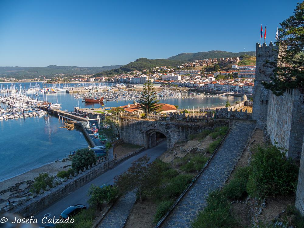 Panorámica y vista de la entrada a la fortaleza