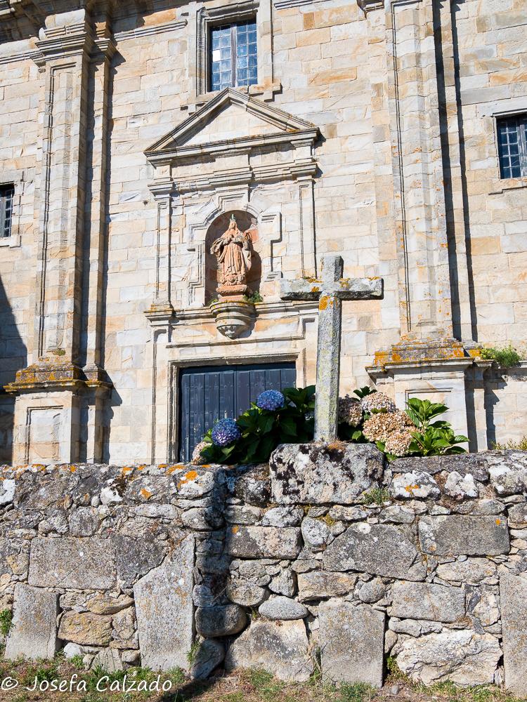 Entrada al Monasterio de Oia