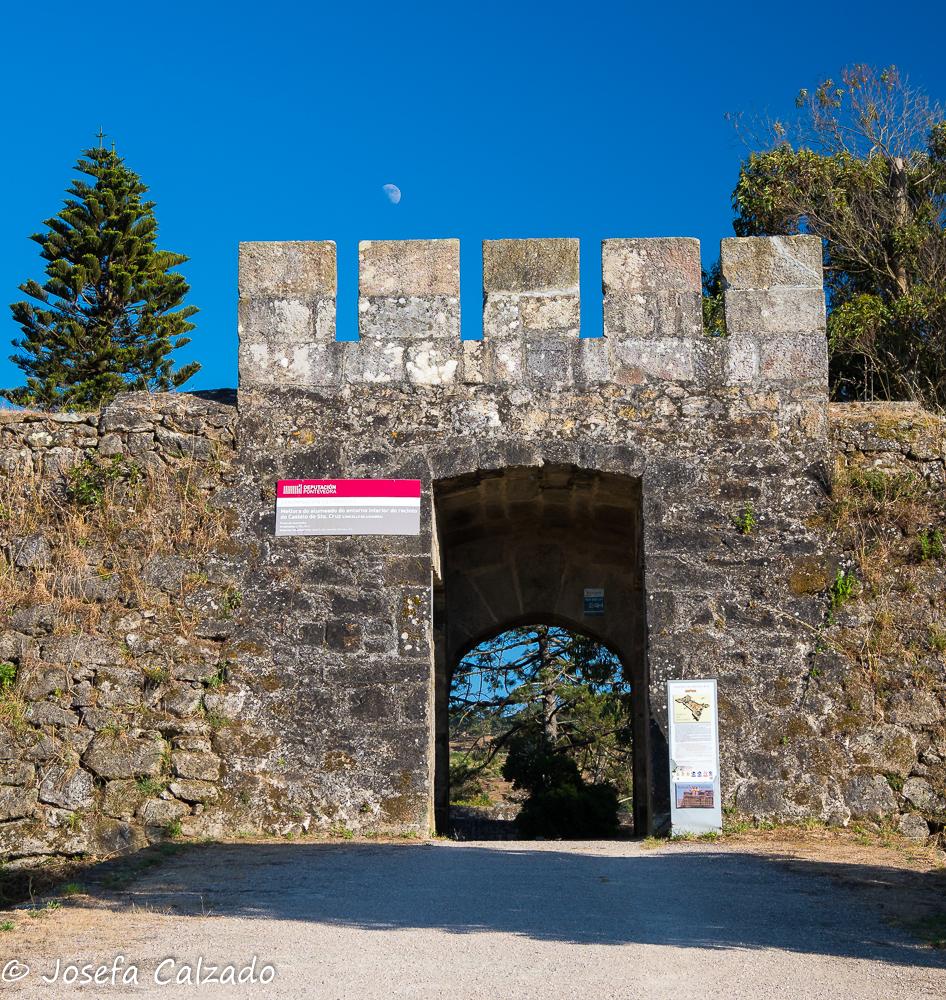 Entrada al Castillo de Santa Cruz